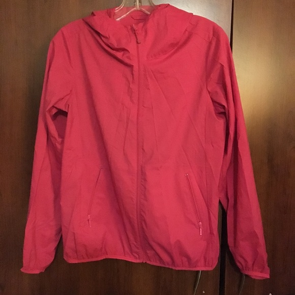 🌻BOGO Pink Uniqlo Thin Windbreaker Jacket